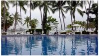 Las Hadas pool